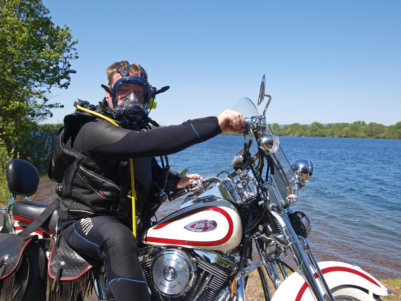 duiken en motorrijden