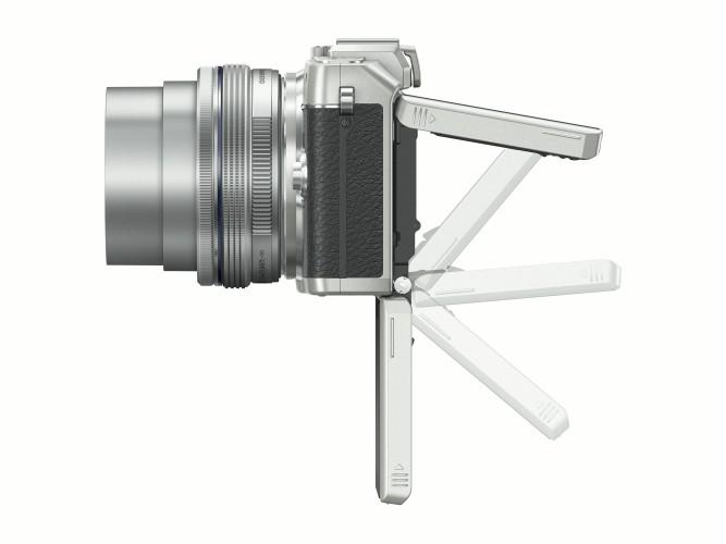 RTEmagicP_PEN_E-PL7_EZ-M1442EZ_silver__Product_091_900x500