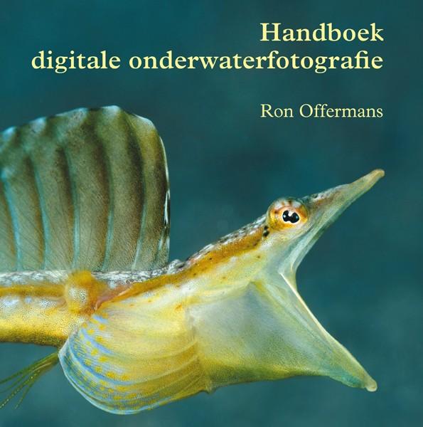 coverhandboekonderwaterfoto