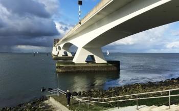 Tijdelijk duikverbod bij de Zeelandbrug