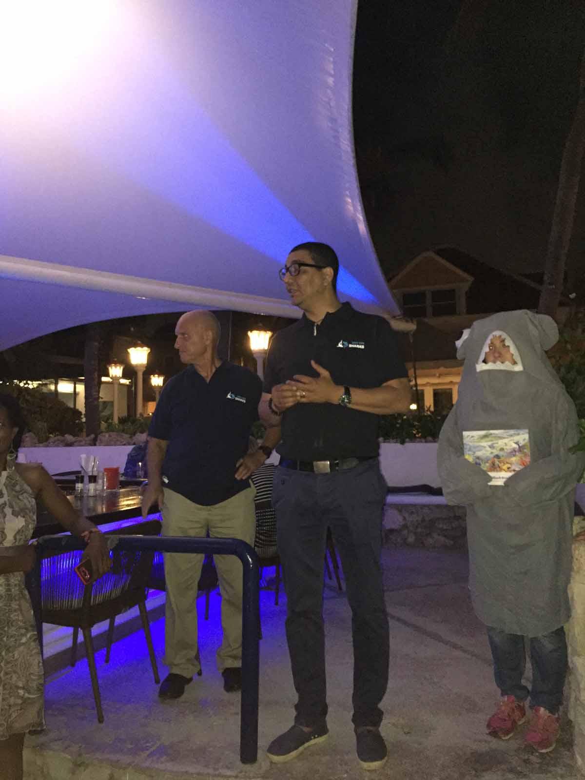 Guido Leurs_SaveOurSharksNL_juni2016_Curaçao (1)