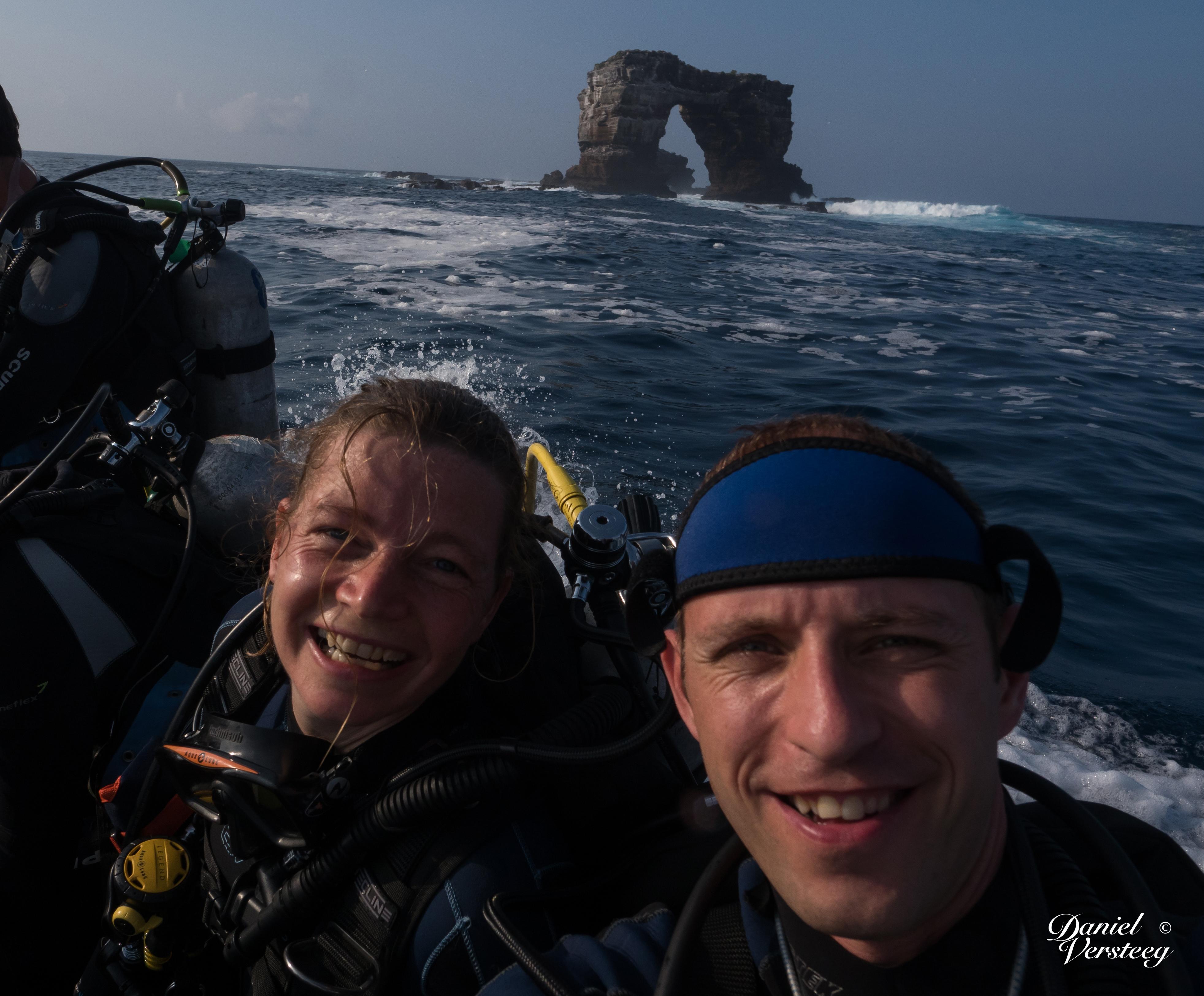 Daniel_Versteeg-1-enjoying-galapagos