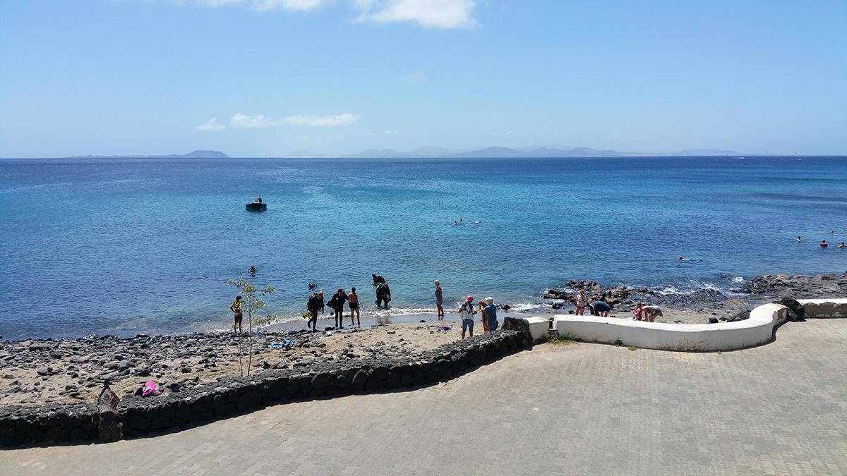 Dive_College_Lanzarote_Strand_2