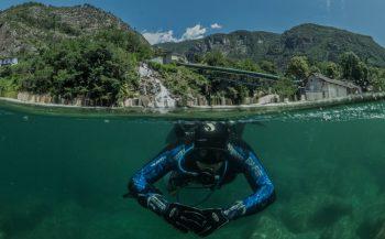 Brenda de Vries - Rivierduiken in Zwitserland: Ponte Brolla