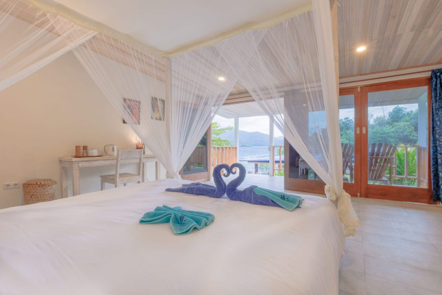 Thalassa_Indonesie_bungalow double interior sea view thalassa lembeh