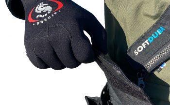 Nieuw van Ursuit - het Softdura AMS Black/Green droogpak