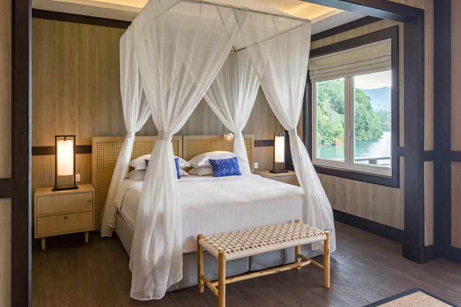 Lembeh Resort - Luxury Cottage Bed-Murex_juni2021