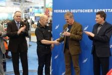 Eerste EUF Lavanchy Award gaat naar Deric Ellerby