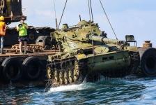 Oude legertanks afgezonken voor kust van Libanon