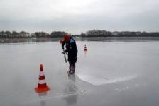 Anjelies Boezewinkel – IJsduik 9-2-2012