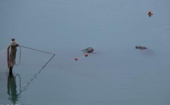 Ad Aleman - Gevaarlijke spelletjes bij de doorlaat in de Brouwersdam