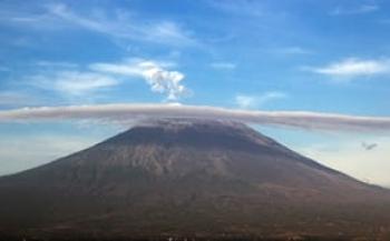 Luchthaven Bali dicht vanwege vulkaan