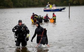 Tamara Lebesque-Franssen - Brandweer zoekt vermiste duikers