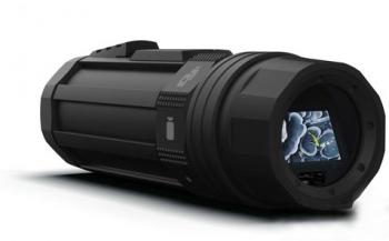 Foto- en filmnieuws: handzame actiecamera, TTL-flitser en systeemcamera