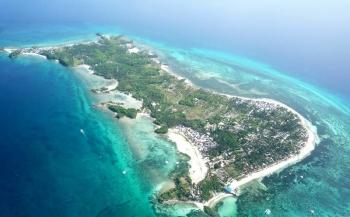 Weggewaaid van Malapascua