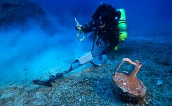Archeologen brengen Romeins scheepswrak in kaart