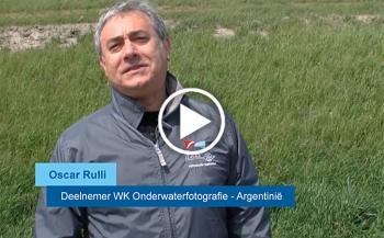 WK in beeld - Oscar Rulli uit Argentinië na zijn eerste duik