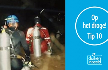Op het droge! - Film: 13 Lost - The Untold Story of the Thai Cave Rescue