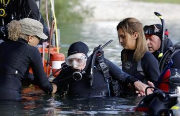 100-jarige duiker doet gooi naar Guinness World Record