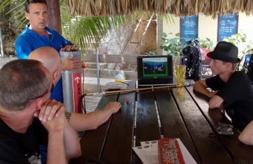 Mirjam van der Sanden - De lionfish-hunt
