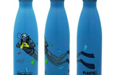 Help de oceaan met de PforPlastic-thermosfles!