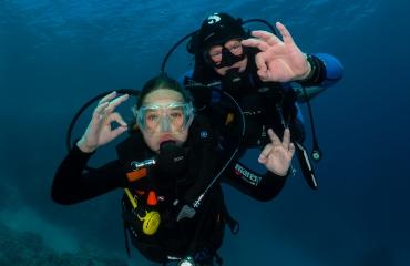 Ben ik als hoogst gebrevetteerde duiker verantwoordelijk voor andere duikers in mijn groep tijdens een recreatieve duik?
