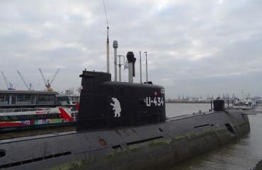 Ferry Stam - Sovjet onderzeeër: de U-434 in Hamburg
