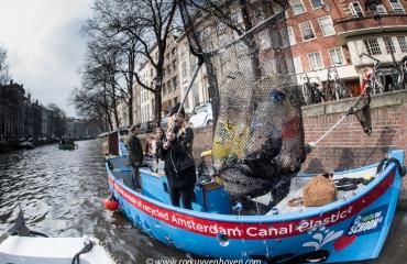 The Day After - Kom je plastic vissen?