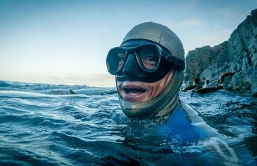 Freediver William Trubridge steekt kanaal over «als een dolfijn»