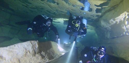 Marcel van Engelen - Intro Into Cave