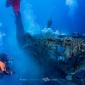 Duikers ontdoen onderzeeër van spooknetten
