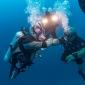 Russische duiker zonder armen en benen vestigt wereldrecord